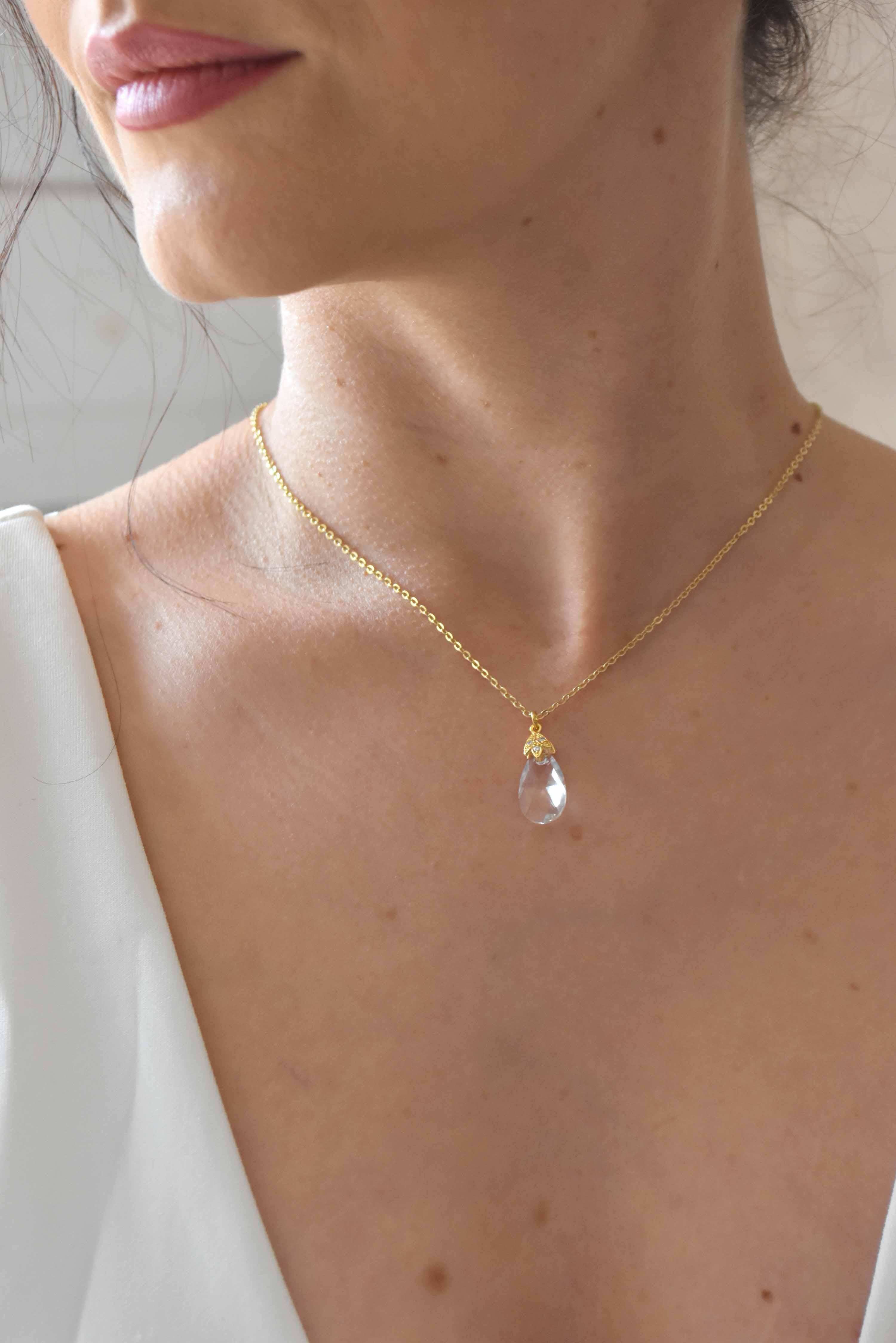 collier de dos mariage lise avec goutte transparente dorÇe