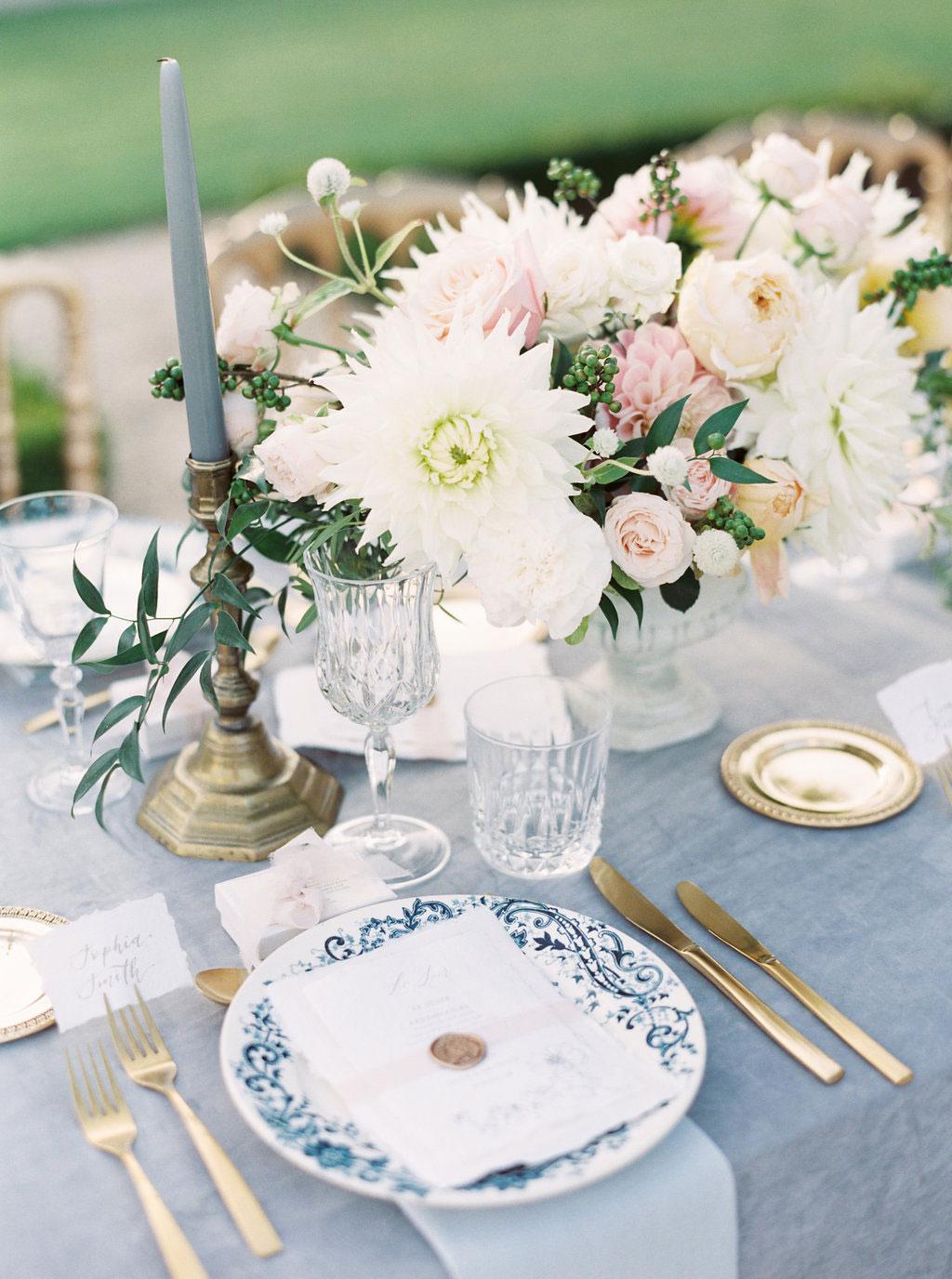 vaisselle vintage a louer mariage évènement Bretagne
