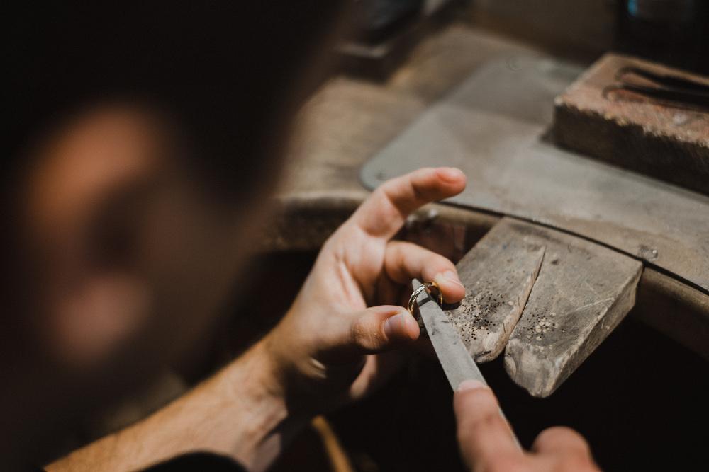 fabrication artisanale bagues mariage