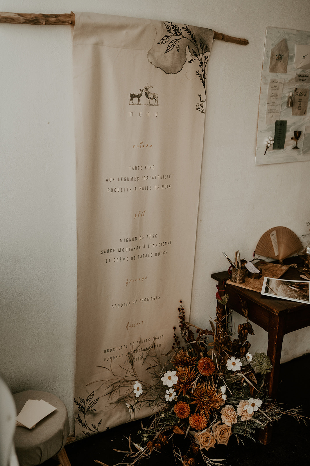 menu sur tissu décoration mariage Nantes