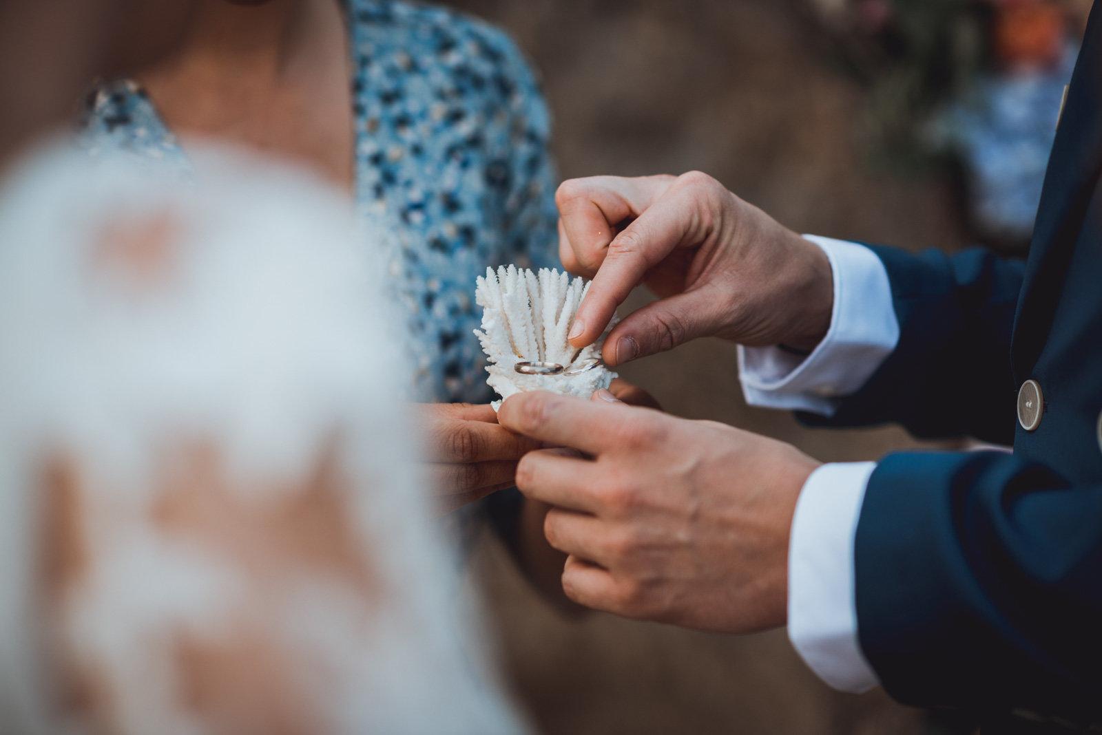 échange alliances mariage Loire atlantique
