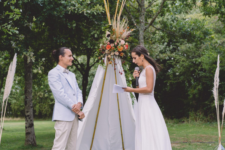 Mariage hippie chic cérémonie