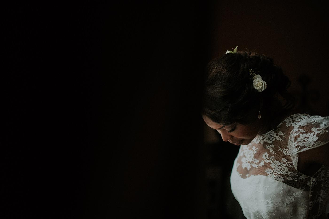 robe de mariee longue dentelle nantes