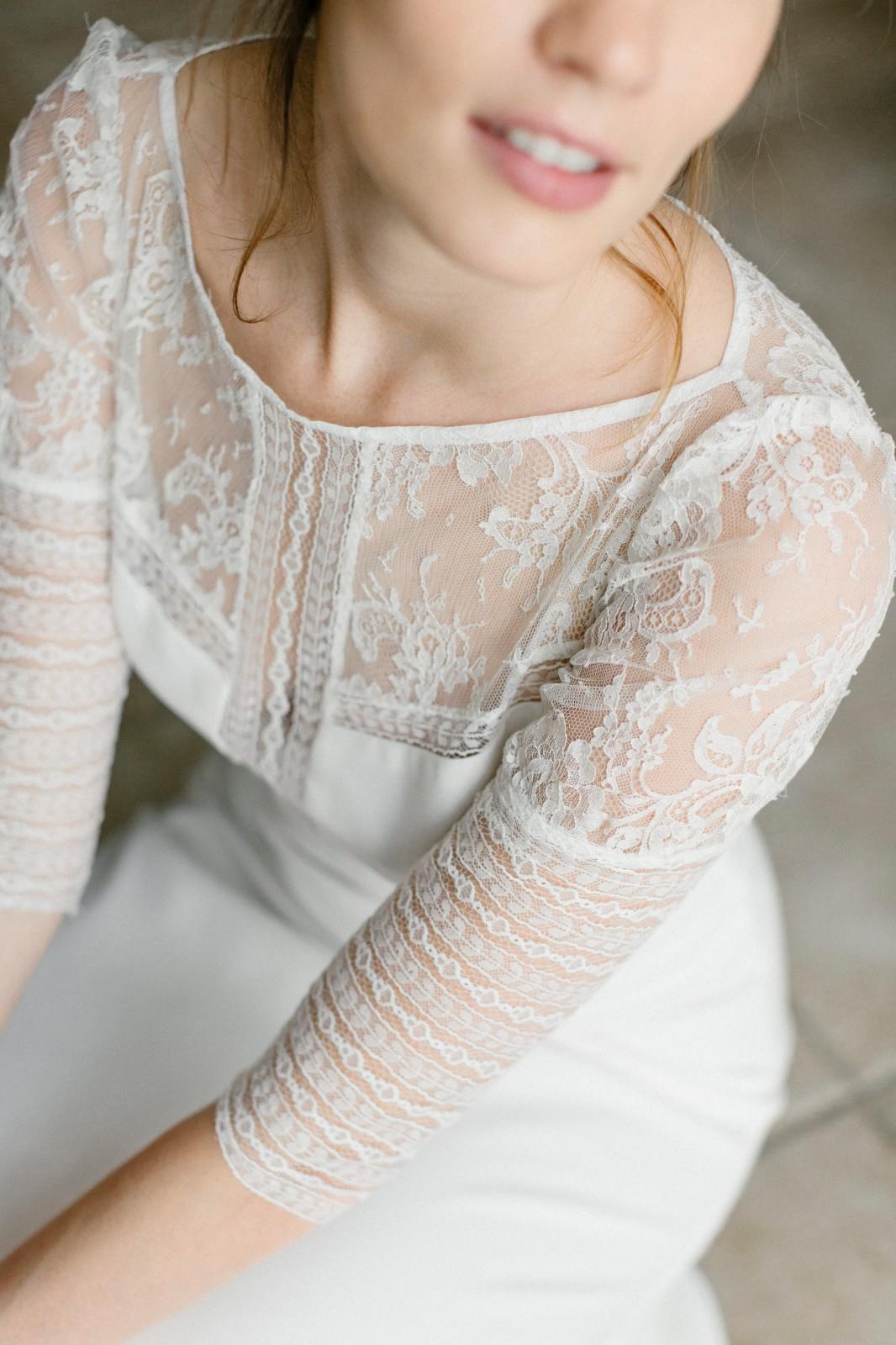 robe de mariee moderne dentelle
