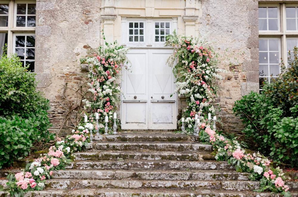 Végétalisation porche reception mariage Petite Fleur Nantes