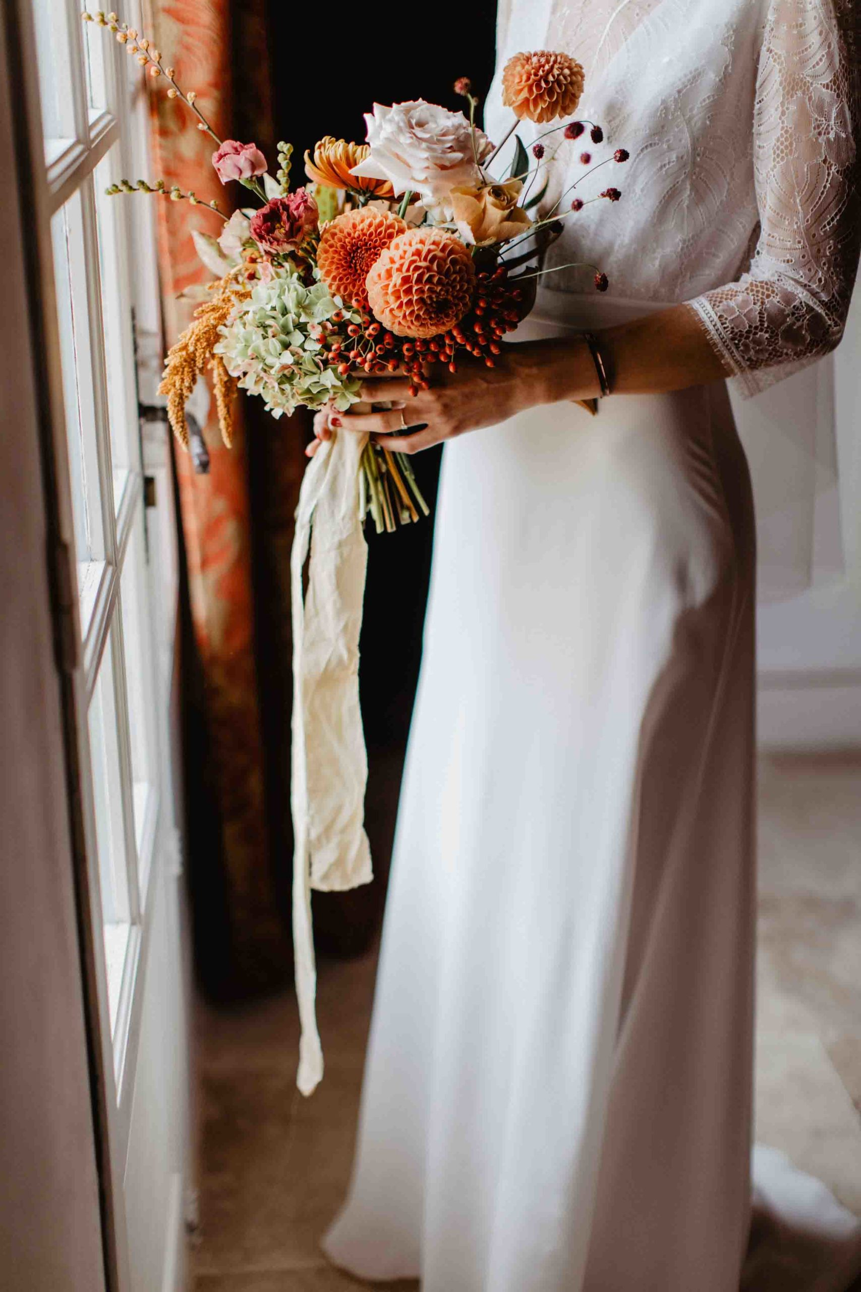 mariage automnal pays de la loire bouquet de mariée