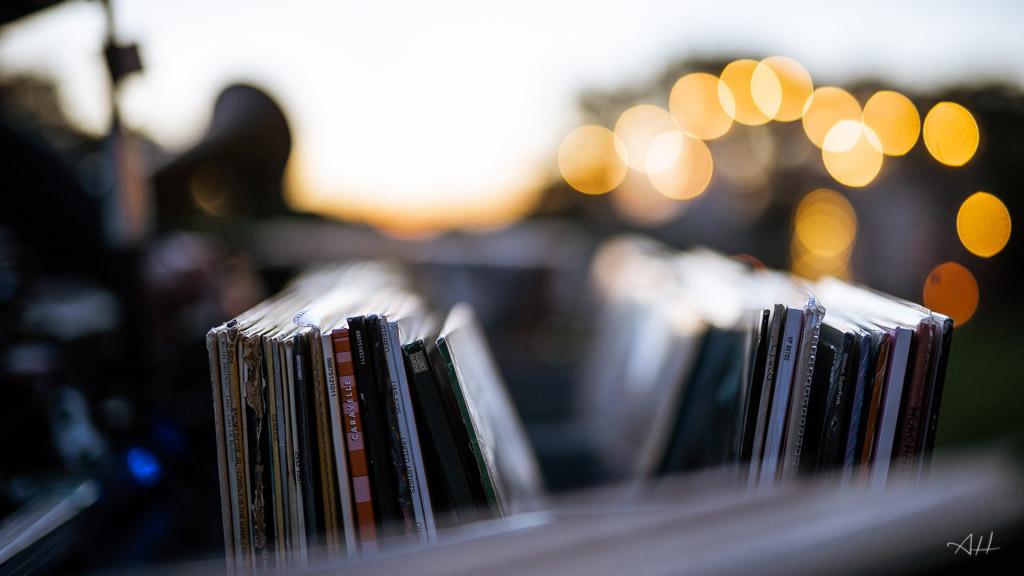 collectif DJ mariage Rennes bar à vinyles soirée dansante ambiance