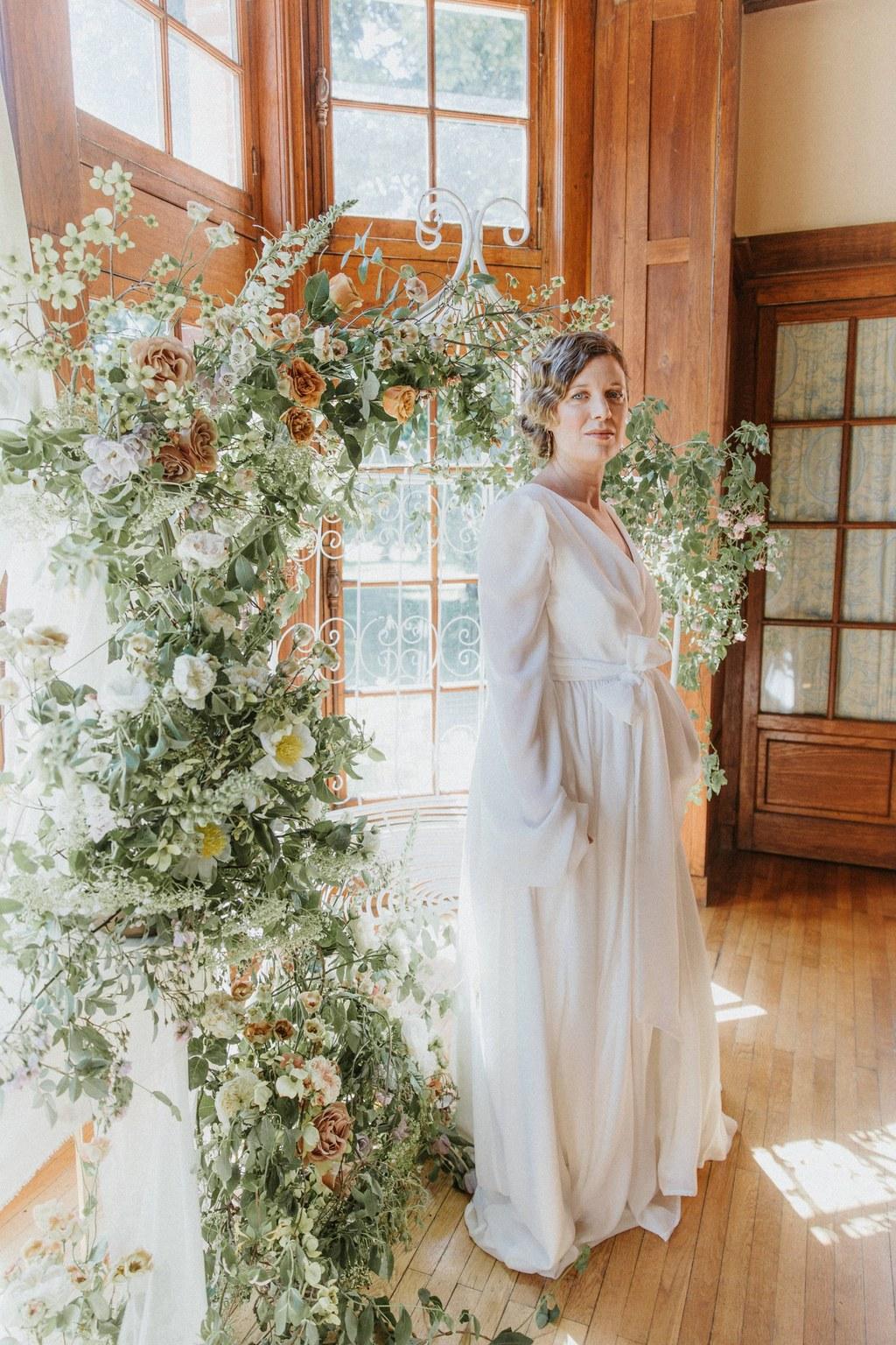 arche fleurie ceremonie laique romantique chic