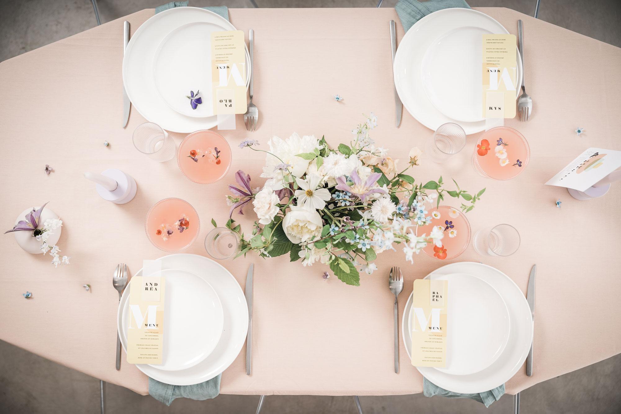 decoration table mariage moderne pastels