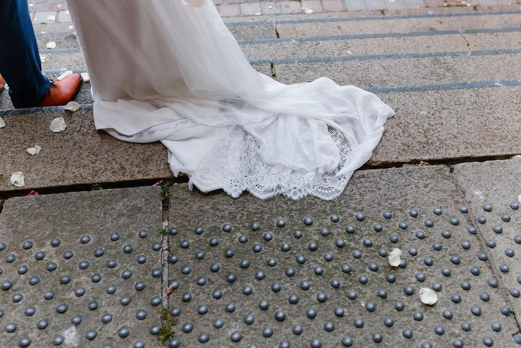 robe de mariee boheme dentelle longue nantes