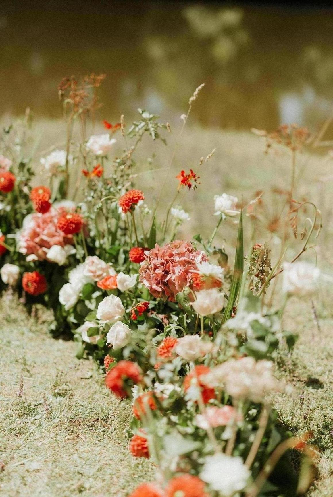 decoration florale arche mariage chateaubriand
