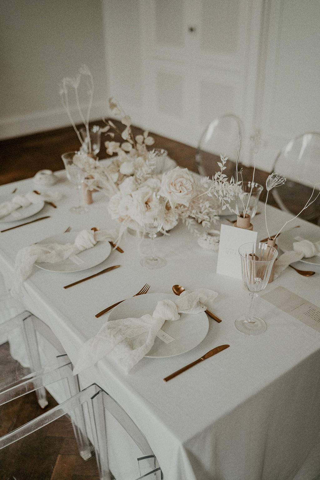 table invites repas mariage blanc