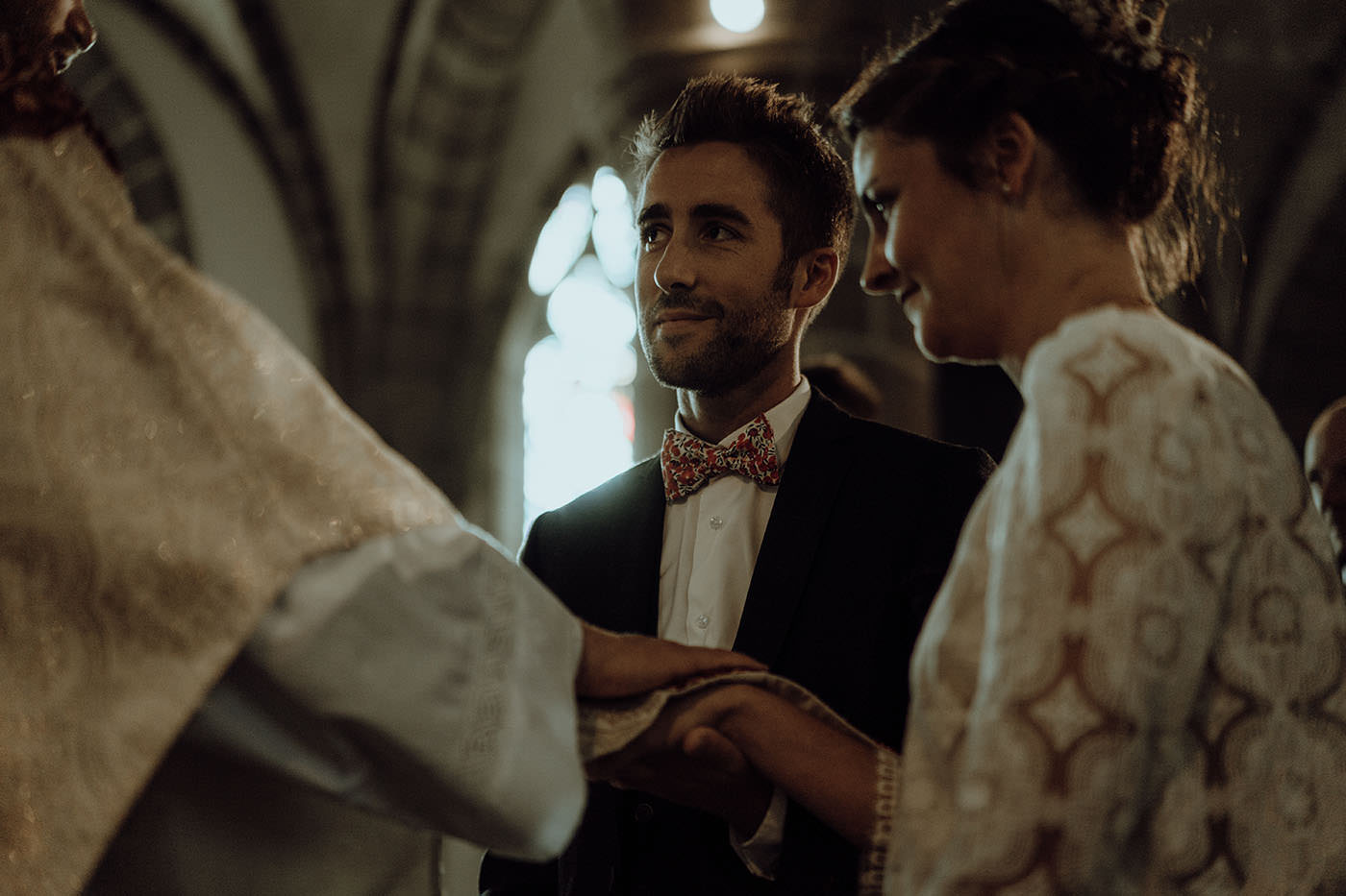 mariage eglise pretre maries