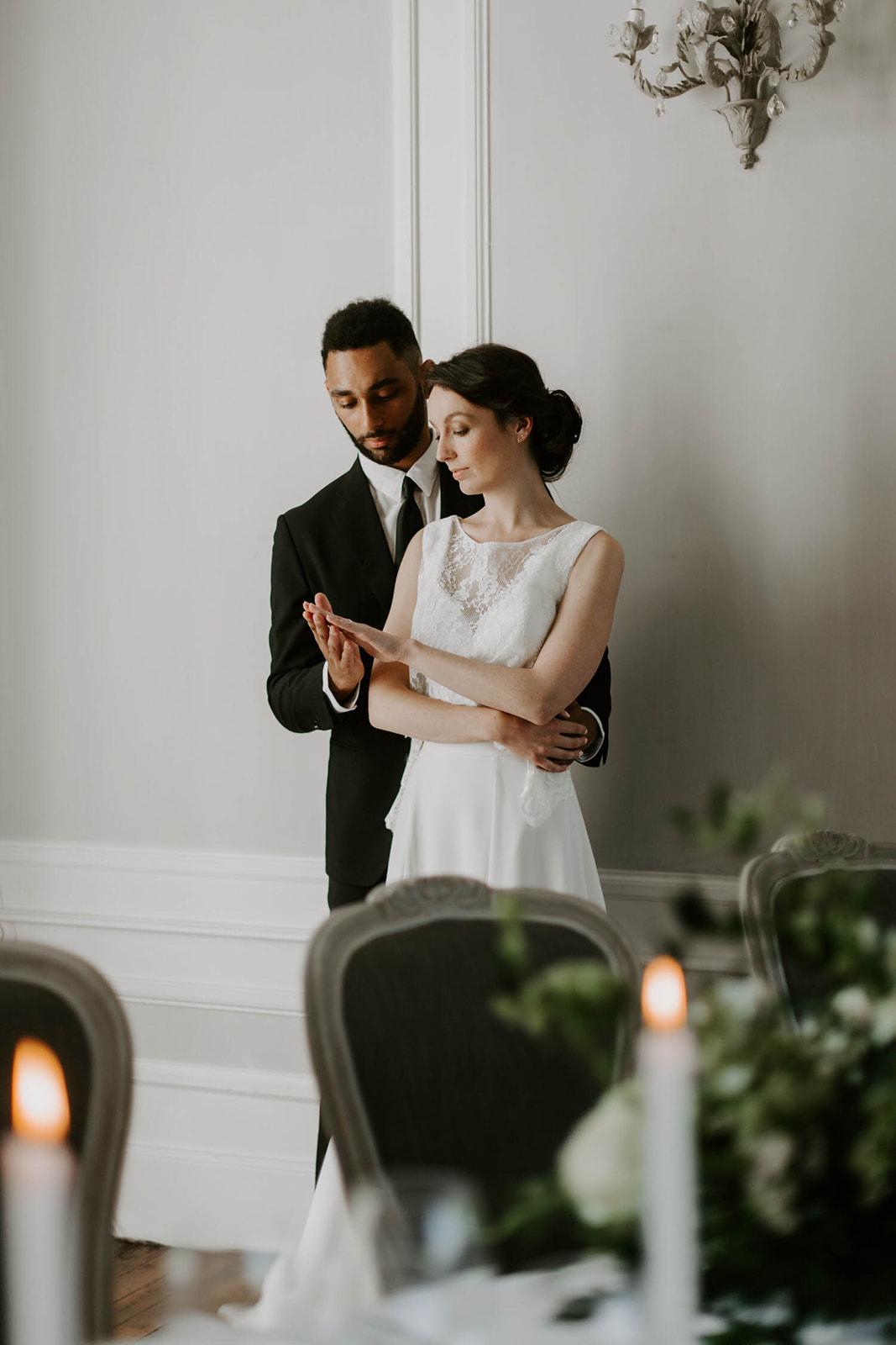 photo de mariage maries vendee robe costume