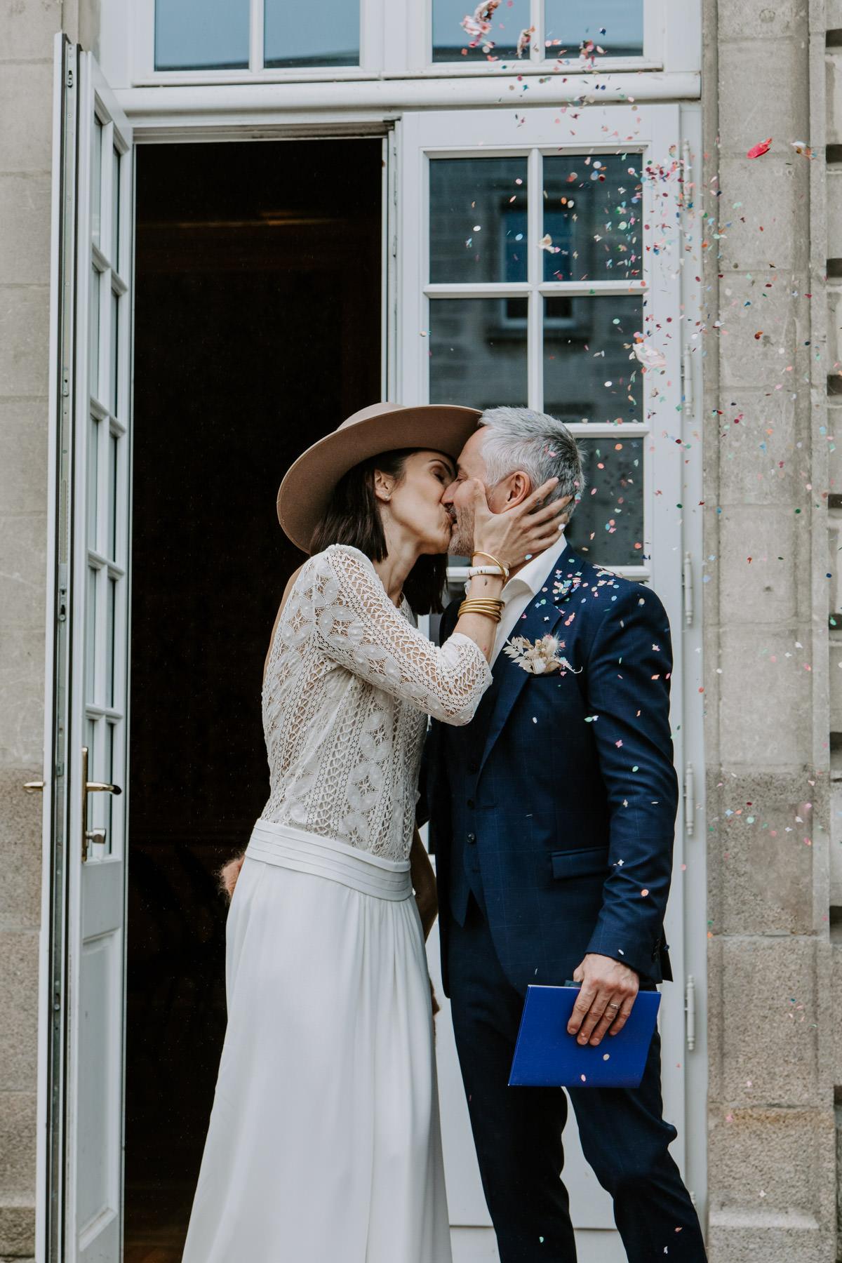 sortie de mairie nantes baiser amour