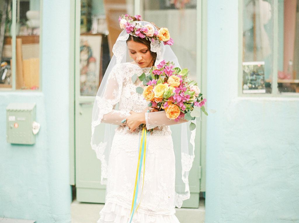 mariage ambiance amerique latine robe de mariee bouquet de mariee