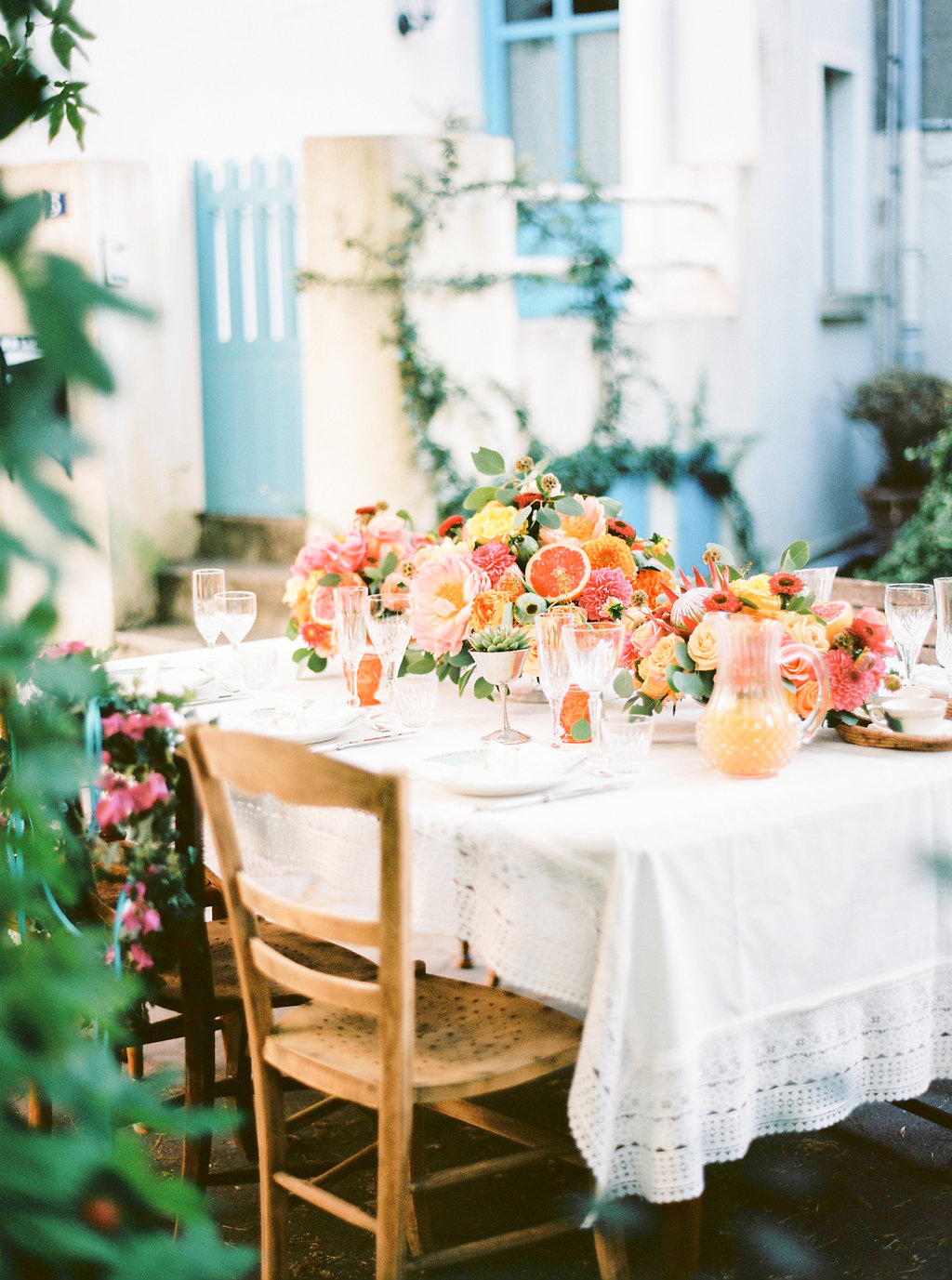 decoration florale tables des invites mariage boheme inspiration latine