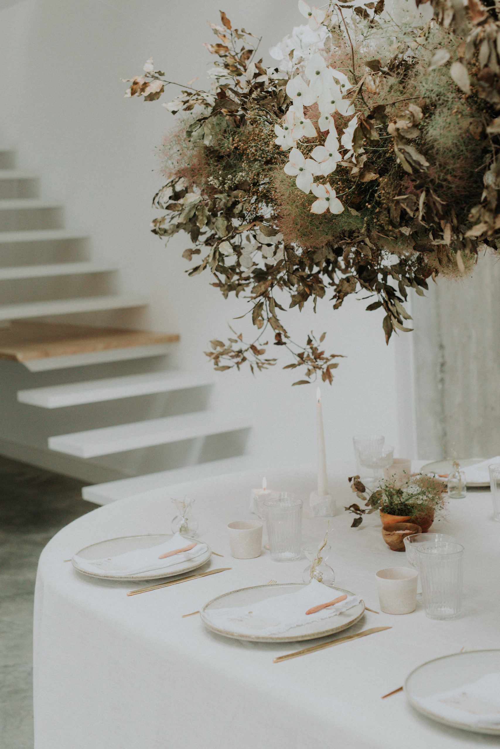 inspiration mariage hivernal minimaliste tables des invites