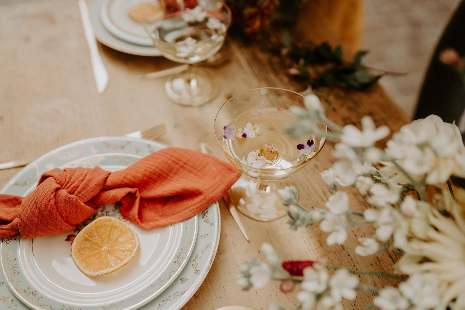 details vaiselle table des invites mariage dolce vita