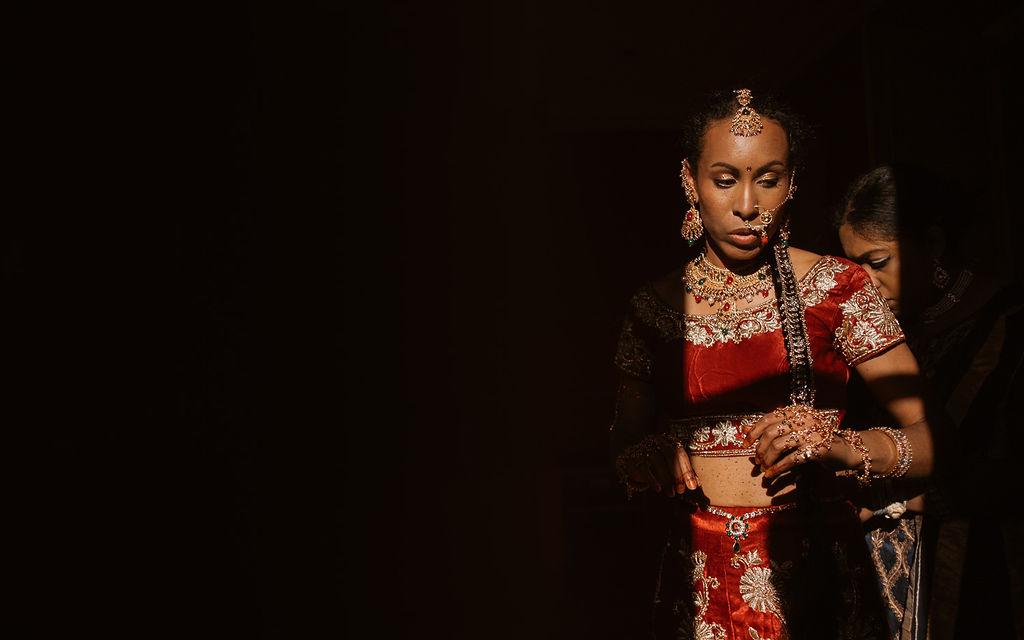 mariee indienne tenue traditionnelle mariage couleurs lumiere bretagne