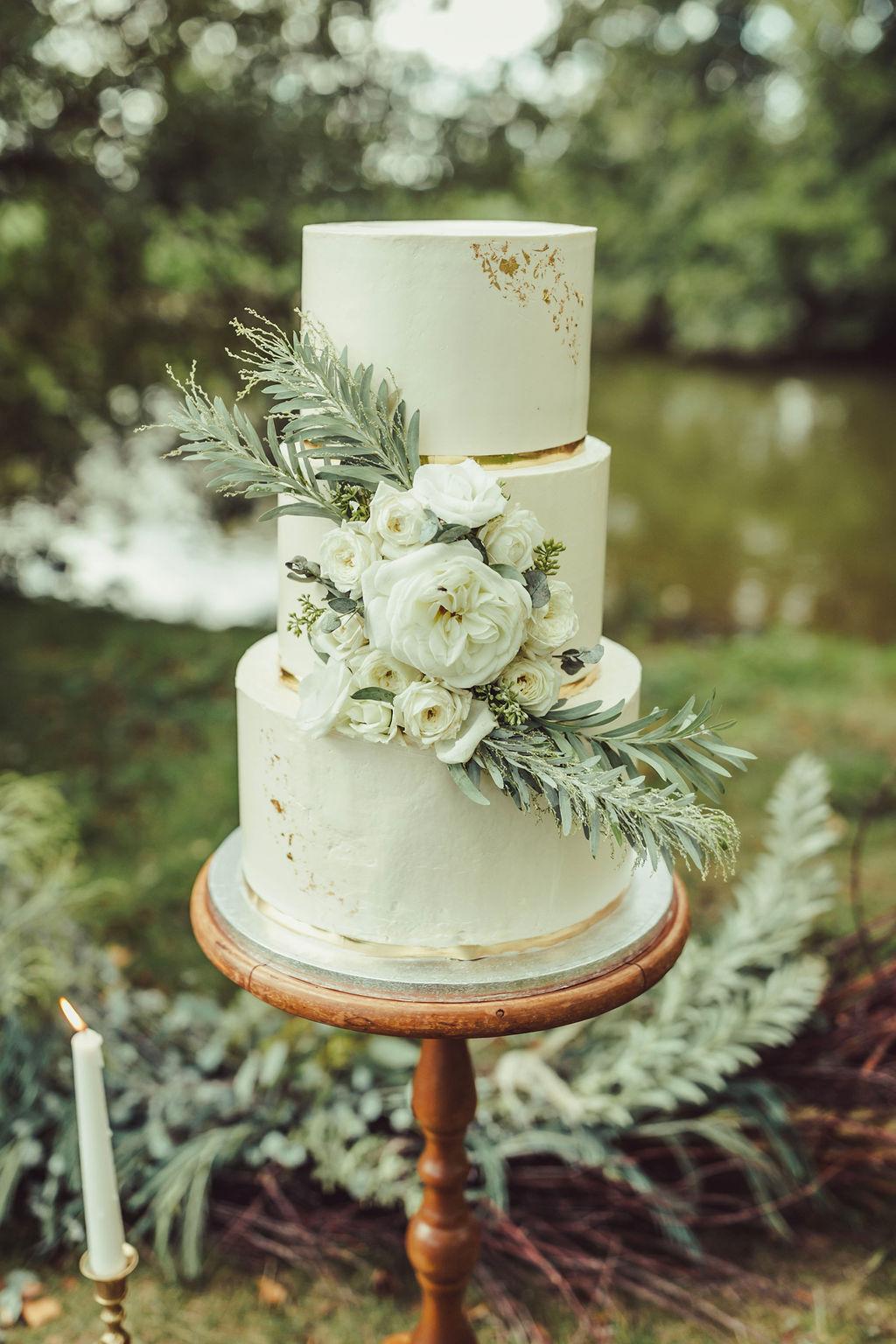 gateau mariage wedding cake naturel sauvage blanc vert